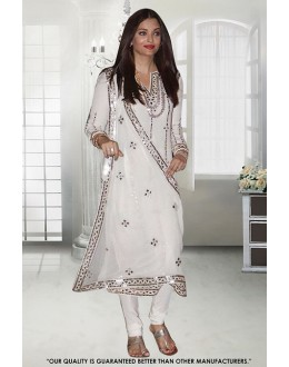 Aishwarya Rai In Off White Georgette Salwar Suit - 71309