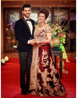 Bollywood Replica - Divyanka Tripathi In Designer Red &  Beige Lehenga Choli - 30