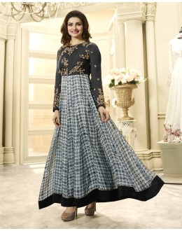Prachi Desai In Black & Grey Anarkali Suit  - Vinay284742
