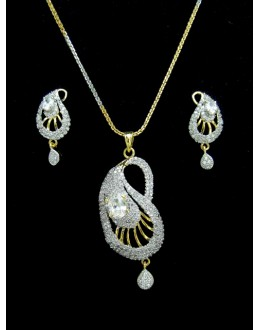 Designer Diamond Pendant With Earrings - 88106