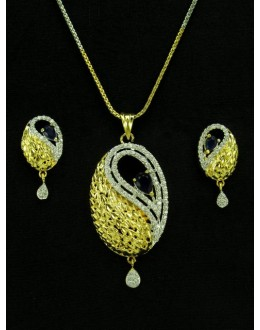Designer Diamond Pendant With Earrings - 89928