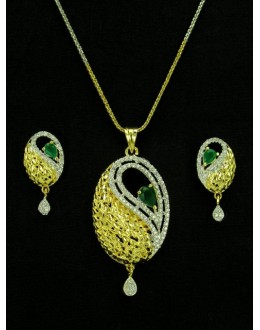 Designer Diamond Pendant With Earrings - 89930