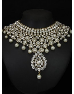 Designer Stone Necklace Set - 76791