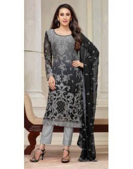 Karishma Kapoor In Grey Georgette Salwar Suit  - 18122