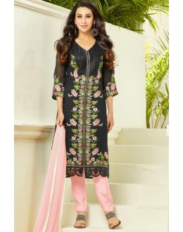 Karishma Kapoor In Black Georgette Salwar Suit  - 18128