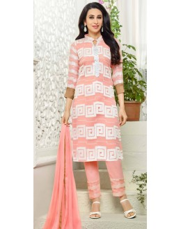 Karishma Kapoor In Light Pink Georgette Salwar Suit  - 18134