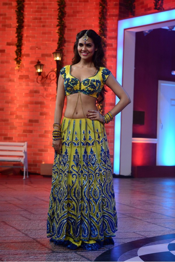 Bollywood Replica - Esha Gupta Gorgeous In Bright Yellow Embellished Lehenga - 332 (IB-501)