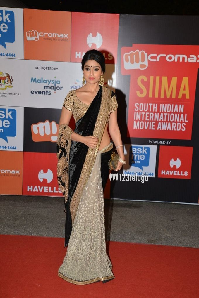 Bollywood Replica Shriya Saran In Designer Net Velvet Grey Black