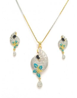 Designer Diamond Pendant With Earrings - 87669