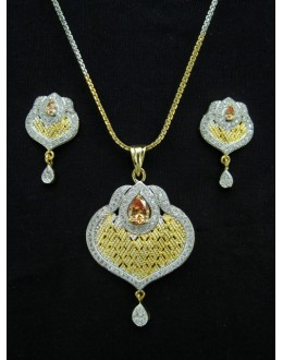 Designer Diamond Pendant With Earrings - 88460