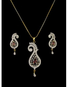 Designer Diamond Pendant With Earrings - 89597