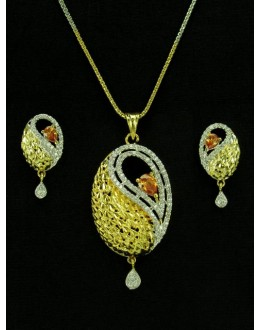 Designer Diamond Pendant With Earrings - 89929