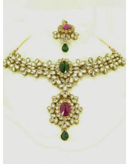 Ethnic Kundan Necklace Set With Mangtikka & Earrings - 67673