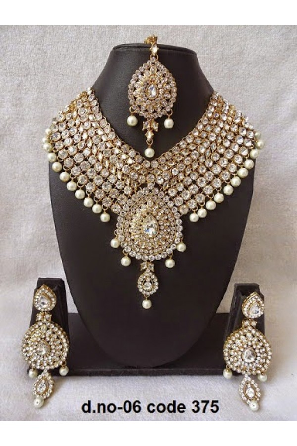 Ethnic Necklace Set With Mangtika & Earrings - 06