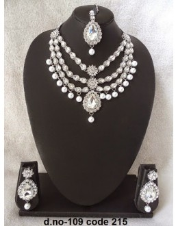 Ethnic Necklace Set With Mangtika & Earrings - 109