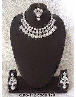 Ethnic Necklace Set With Mangtika & Earrings - 112