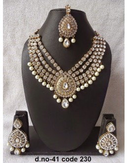 Ethnic Necklace Set With Mangtika & Earrings - 41
