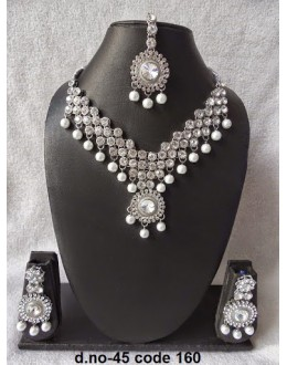 Ethnic Necklace Set With Mangtika & Earrings - 45