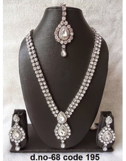 Ethnic Necklace Set With Mangtika & Earrings - 68