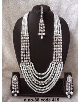 Ethnic Necklace Set With Mangtika & Earrings - 88