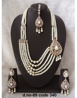 Ethnic Necklace Set With Mangtika & Earrings - 89