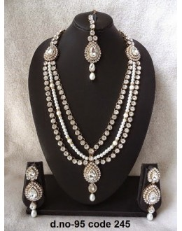 Ethnic Necklace Set With Mangtika & Earrings - 95