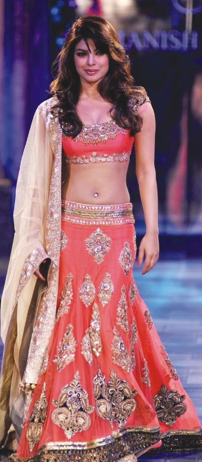 Bollywood Replica Priyanka Chopra In Designer Bridal Red Lehenga